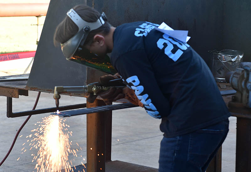 Area students test welding skills at Hodde Center competition